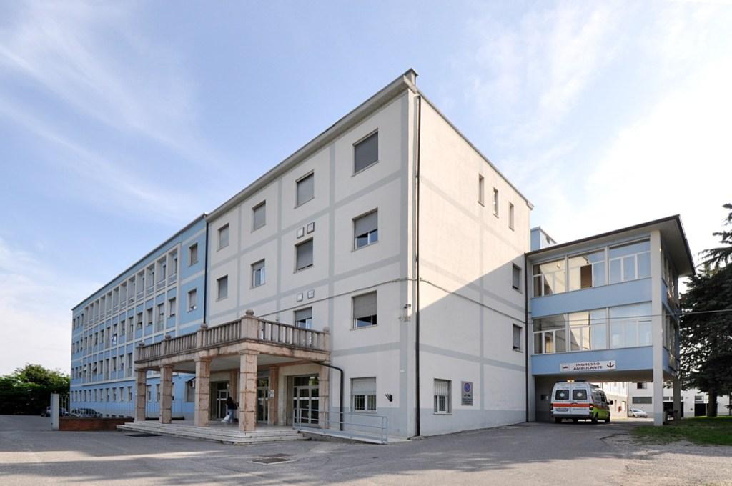 L'ospedale d Lonato, foto da BsNews.it