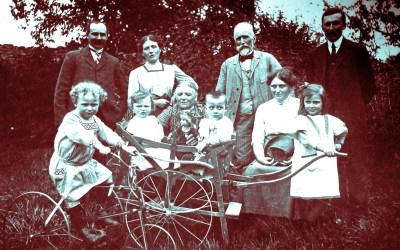 NOS HISTOIRES DE FAMILLE