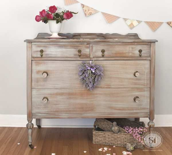 Antique Furniture Dressers