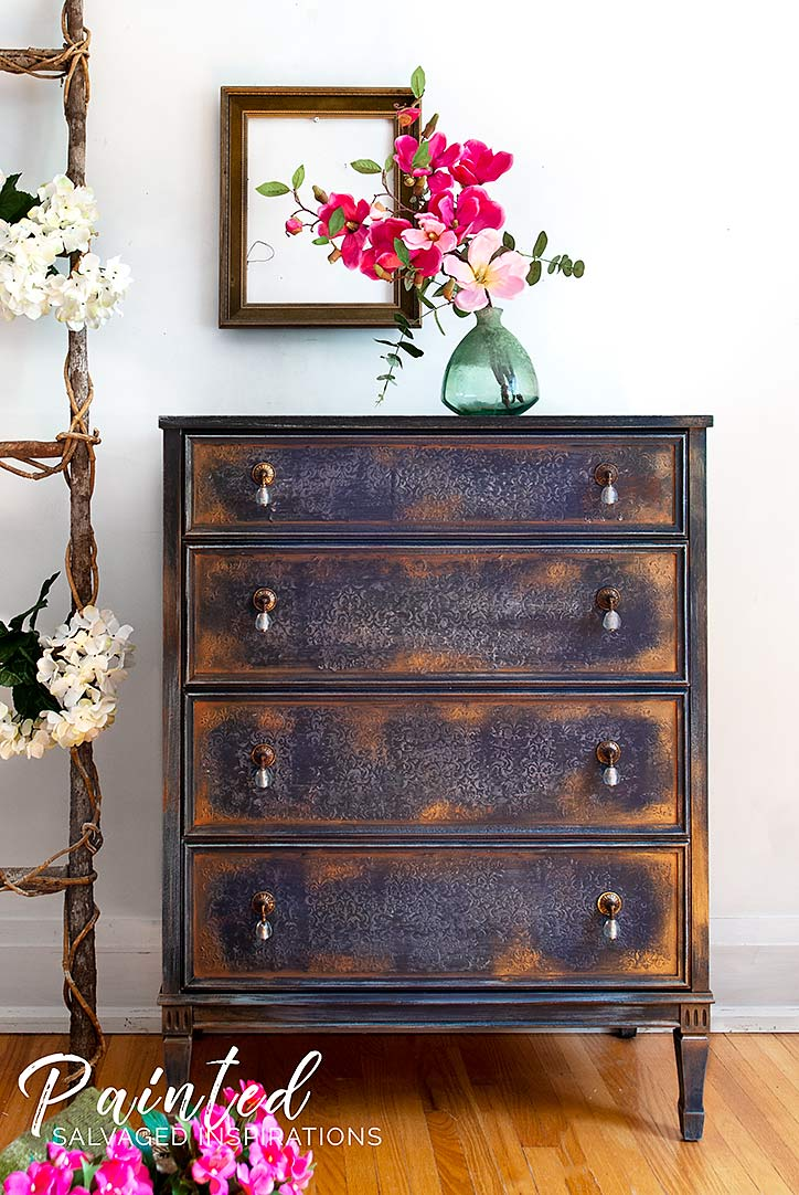 How To Use Gilding Wax on Painted Furniture