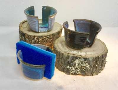Pottery sponge holder