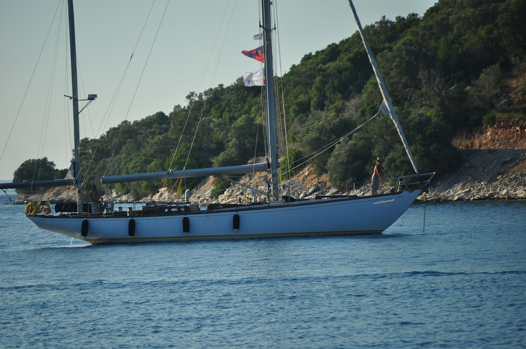 SPARKMAN And STEPHENS 57 KETCH Yachts