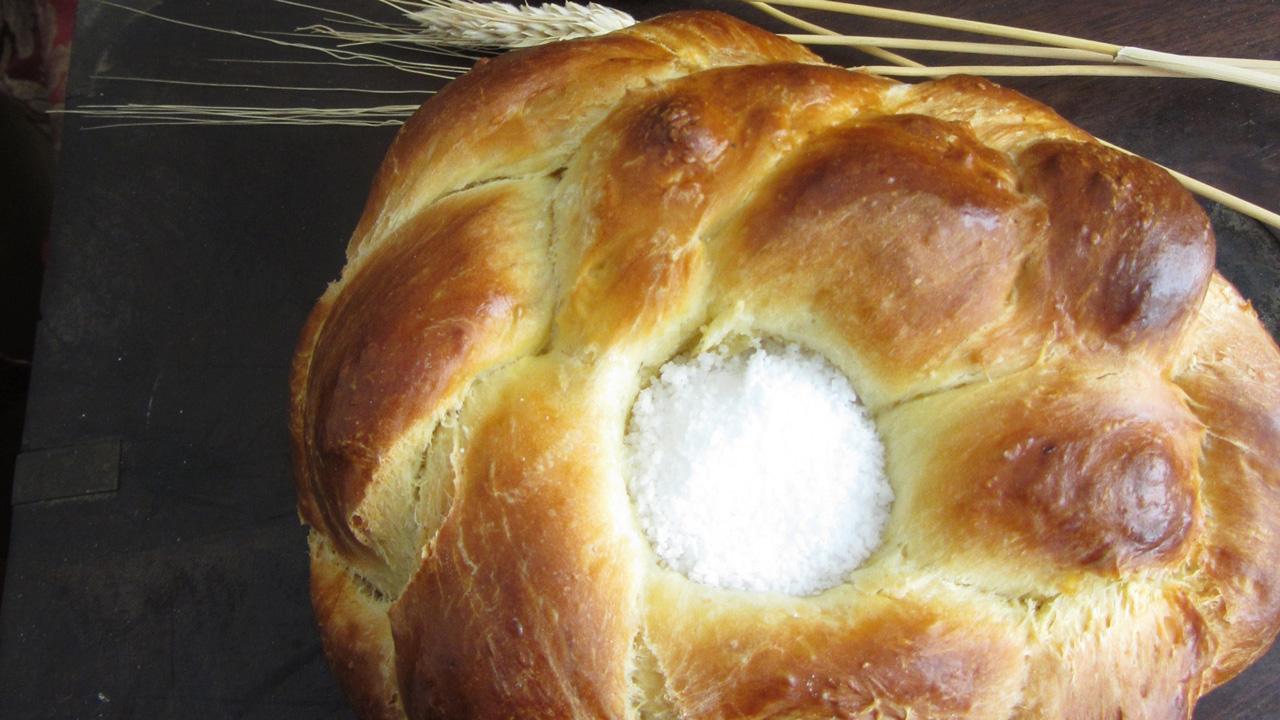 Brot und Salz - ein beliebtes Gastgeschenk zum Einzug in ein neues Heim oder zur Hochzeit
