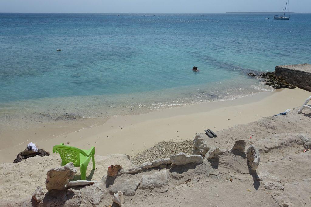 Strand beim Restaurant