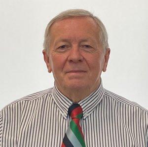 Tom Herring Chairman of SAMA 82 wearing SAMA 82 tie.