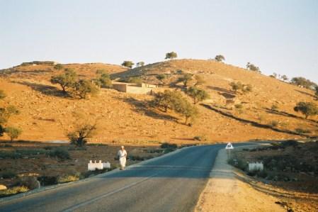 Sur la route de Tan-Tan, au soleil couchant...