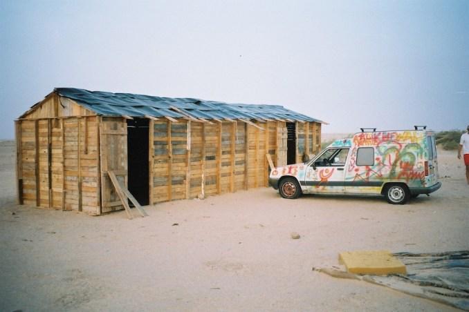 Une cabane dans le désert