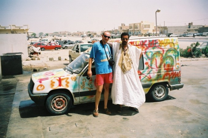 Philou et guide Ahmed à Nouakchott, terminus