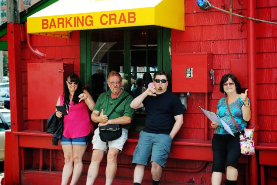 boston-massachusetts-barking-crab_0992