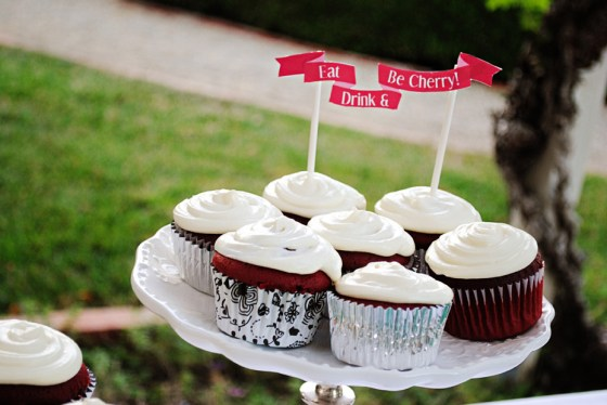 amie-cherry-blossom-bridal-shower-cupcakes_0585