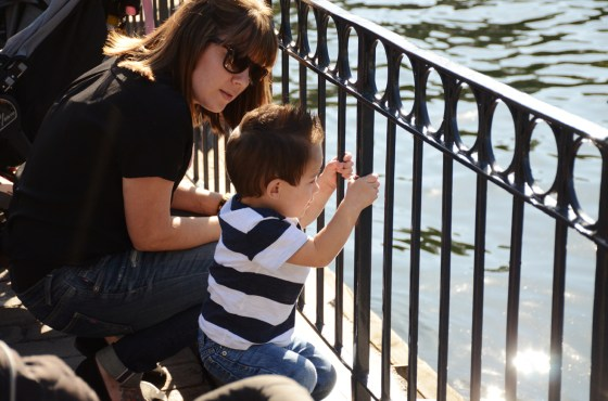 grayson and jess ducks april 2014 disneyland