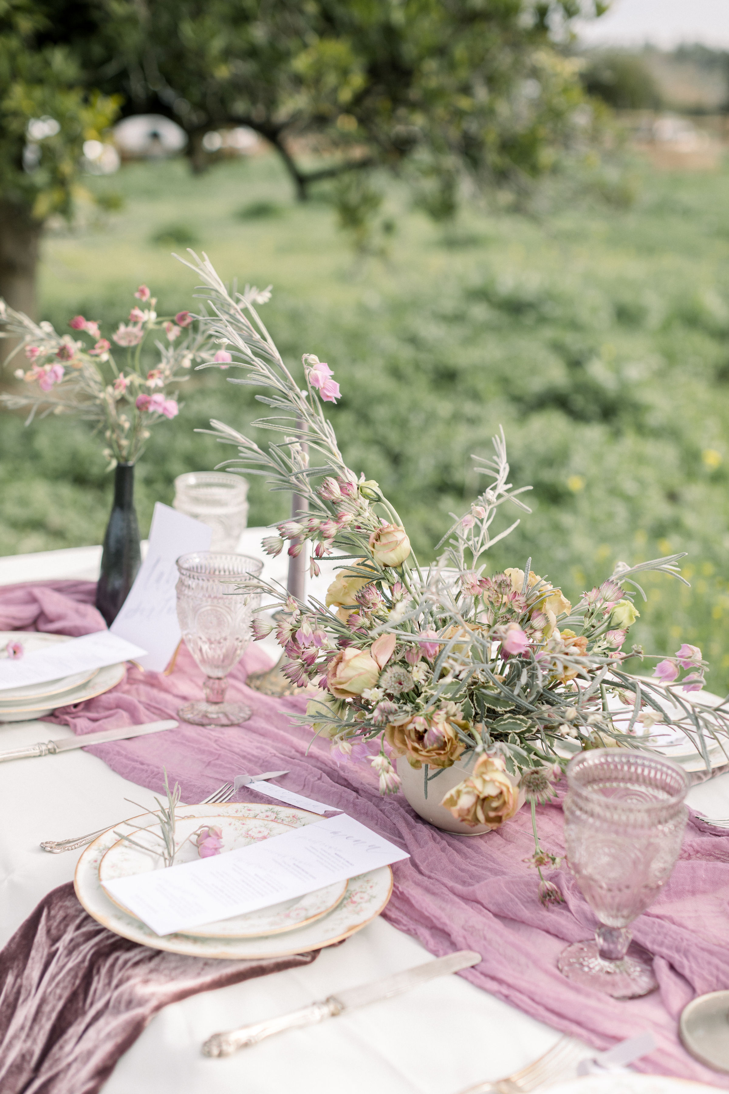 StephanieWeberPhotography-Gray and Purple Tablescape – Bloom Theory Wedding Reception Centerpiece