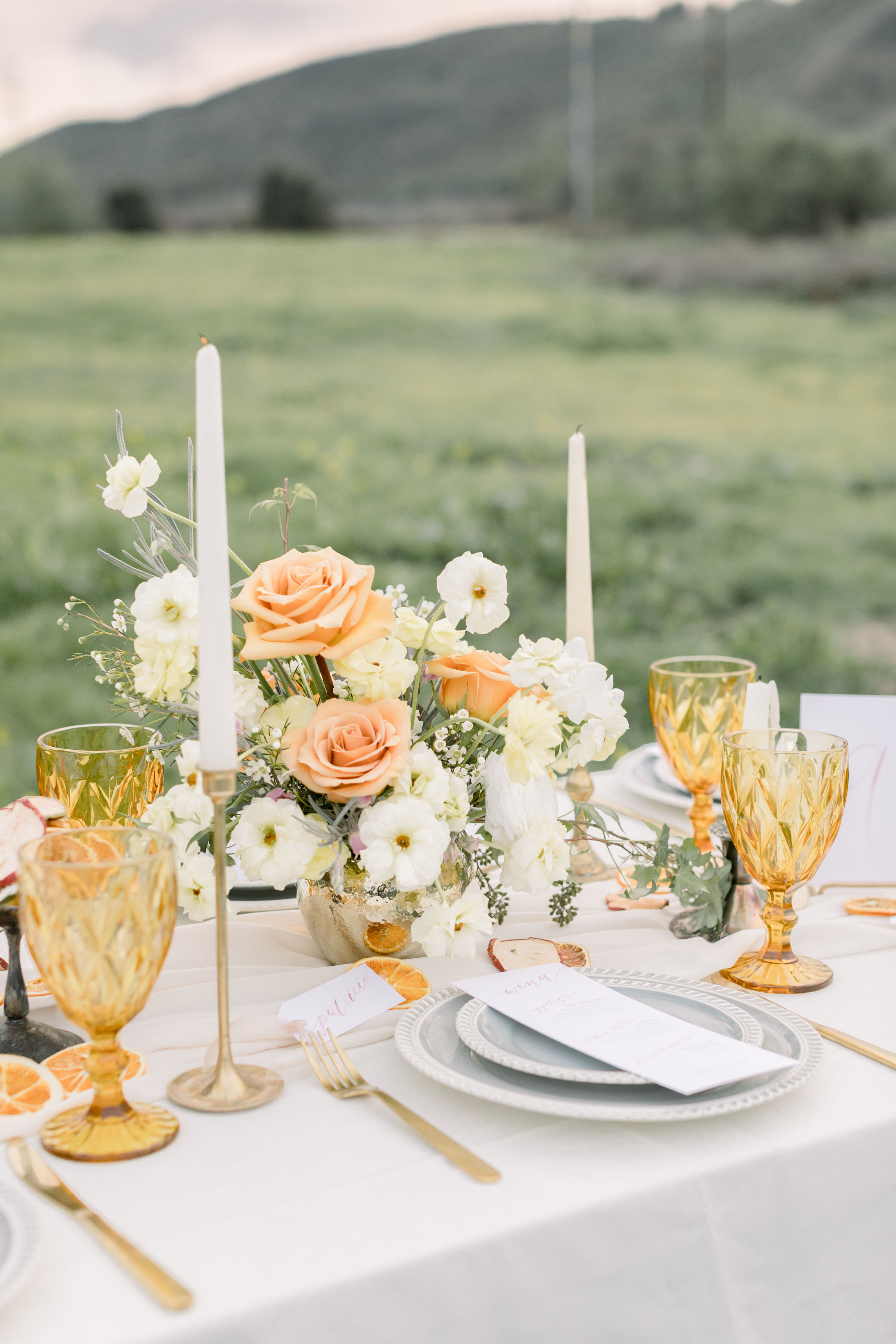 StephanieWeberPhotography-Pink Wedding Reception Tablescape – Bloom Theory Centerpiece