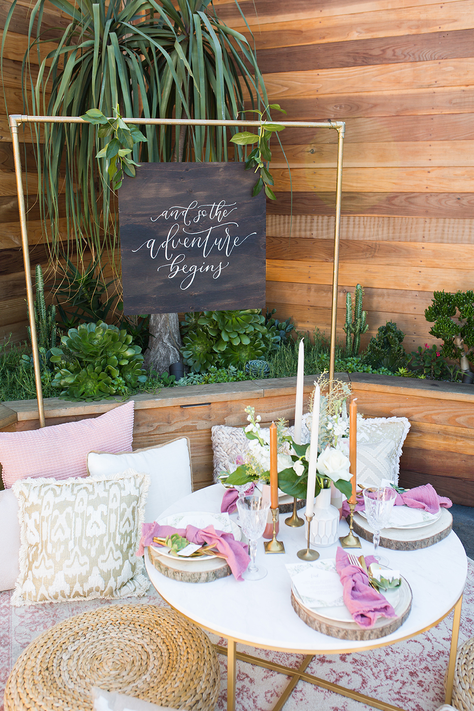 CarstenTicePhotography_Lot8-Boho-Wedding-Reception-Menu-and-Placesettings-Wood-Welcome-Sign