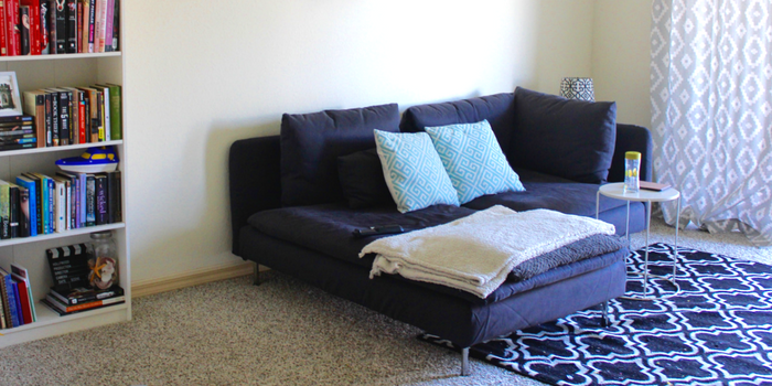 Post-grad apartment tour! See how I style my apartment on a budget!