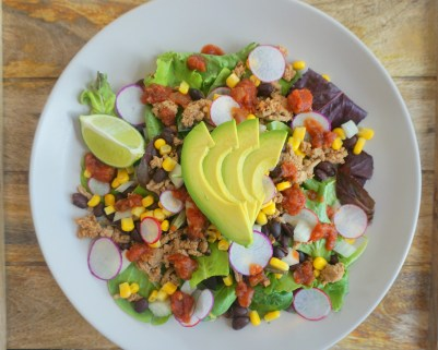 healthy taco salad avocado vegetables low carb high protein