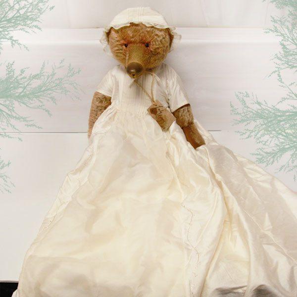 Lady Bugsy by Gertie Wiggins Bears