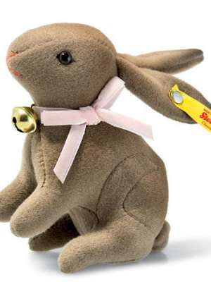 Hazel Rabbit, Brown