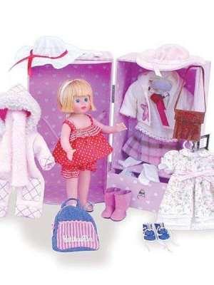 4 Seasons Doll in Trunk