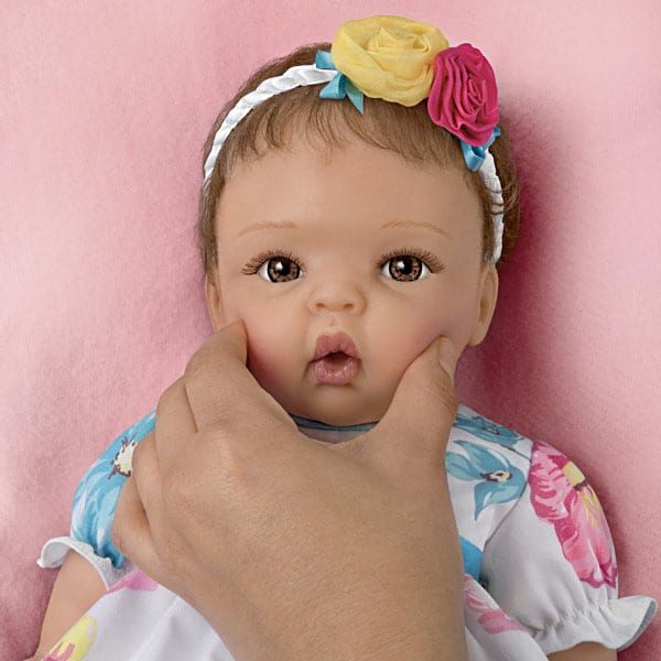 Pretty And Petite Presley