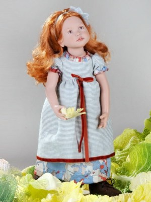 Adela, Junior Doll