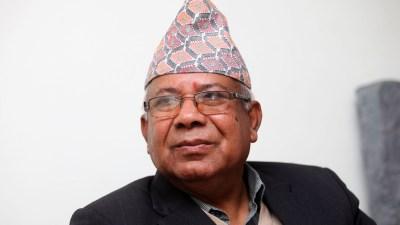 विश्वास गुमाउँदै नेता नेपाल
