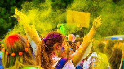 उत्सवमय मिथिला : जताततै रङ अबिरको पर्व होलीको रौनक