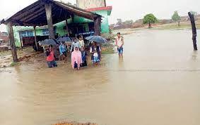 चामेका ३६ घर जोखिममाः बस्ती डुबानमा
