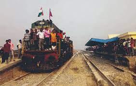 'भारत–नेपाल रेल सेवा सम्झौता २००४' का लागि आदानप्रदान पत्रमा हस्ताक्षर
