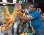 Pune's Bangia Sanskriti Samsad celebrating Durga Pooja in the truest sense