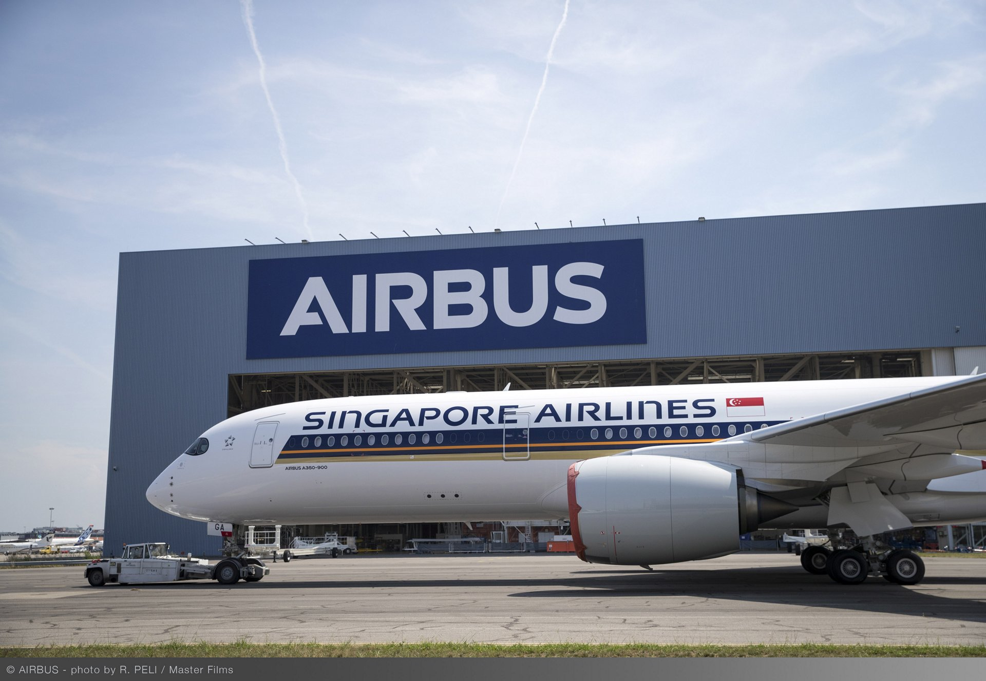 Singapore Airlines Cancelled Over 3,000 Flights & Cut Down In ...