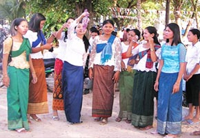 The Khmer New Year (4/5)