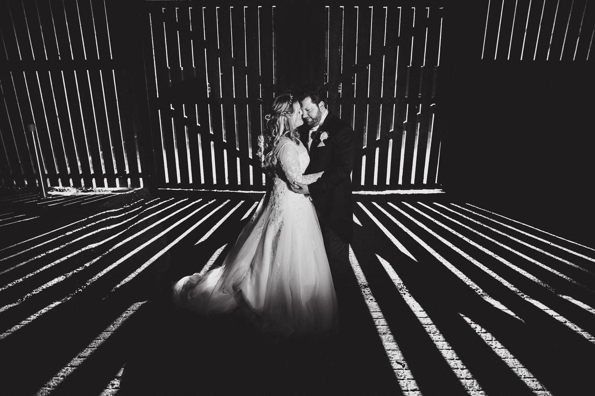 curradine barns wedding featured image