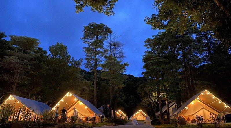 基隆市暖暖區新開幕的「拉波波村」 豪華露營野餐趣  試營運期間有折扣喔!