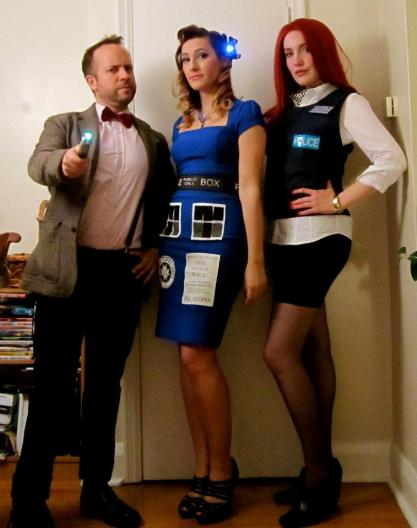 Retro TARDIS cosplay, Eleven, and Amy Pond