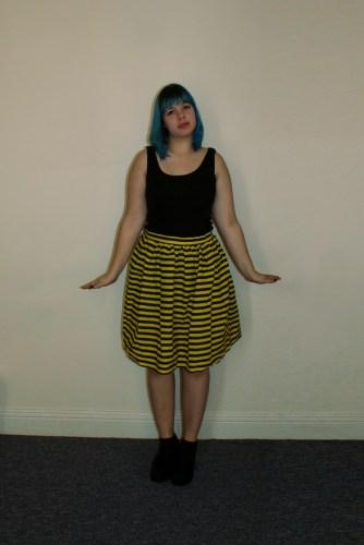 bee skirt front
