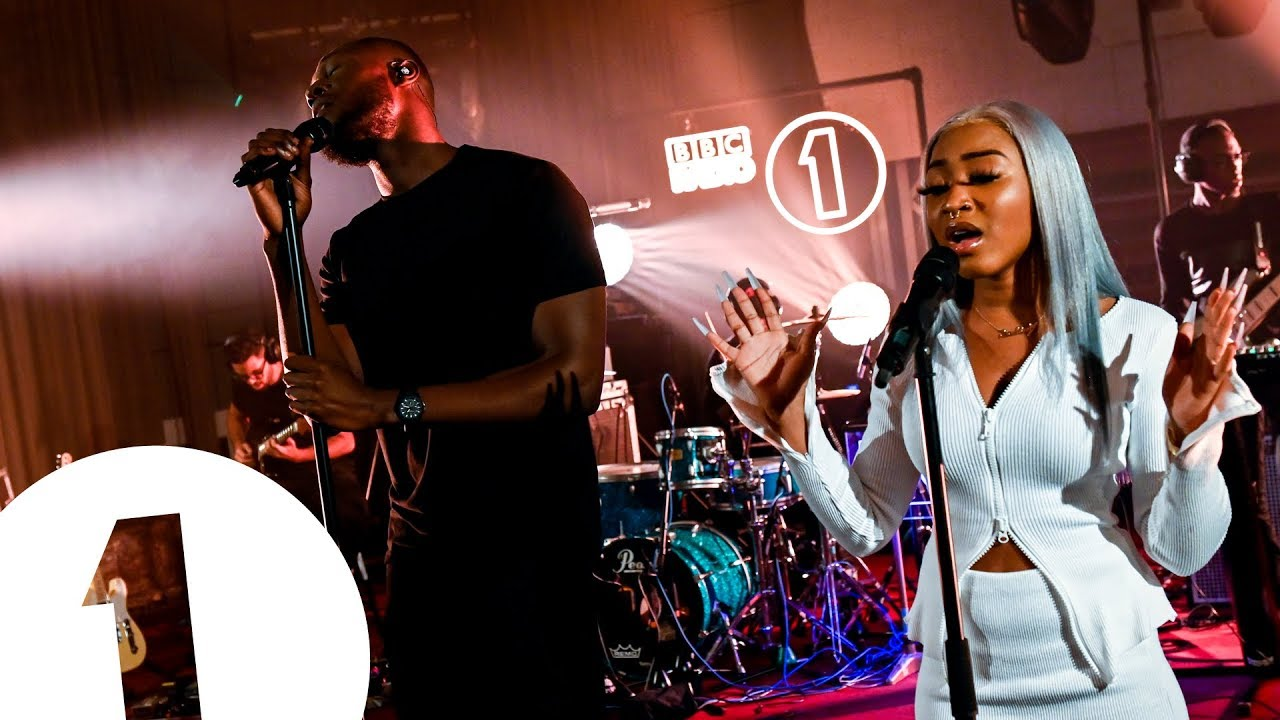CHECK OUT STORMZY'S NEW LIVE LOUNGE PERFORMANCE