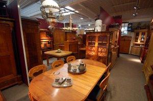 Antike Möbel Hense