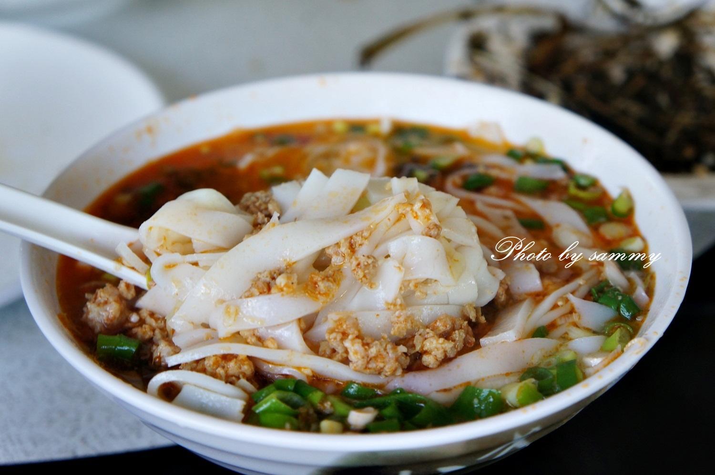 屏東里港-金三角雲南美食.泰式料理   蝦米的食光隧道