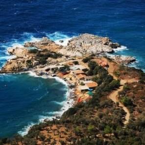 gios-isidoros-Drakei-Samos