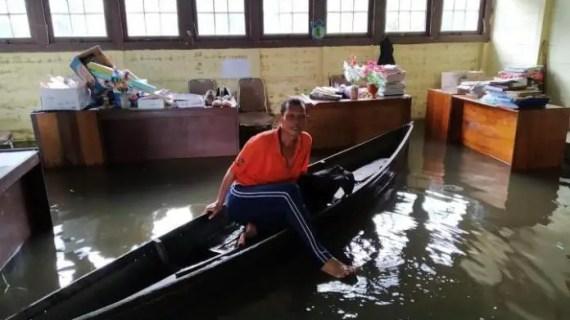 Banjir di Desa Hanjalipan Makin Parah Hingga Rendam Bangunan Sekolah