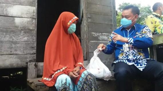 1000 KK Kurang Mampu di Kotim Terima Bantuan 2 Ton Ikan Segar