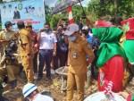 Bupati Kotim Letakan Batu Pertama Pembangunan Dermaga Penyeberangan