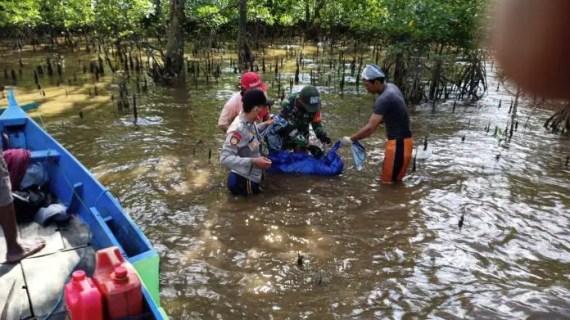 Mayat Tanpa Identitas Ditemukan Mengapung di Teluk Bogam