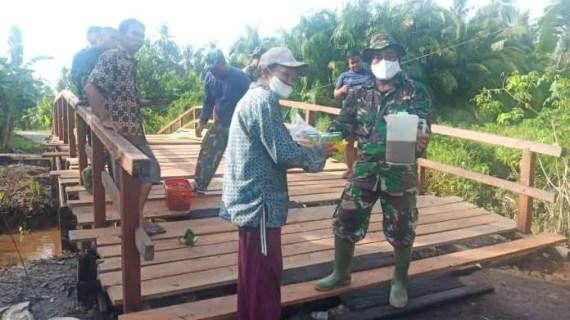 Kedekatan TNI dan Rakyat Terlihat Jelas di Lokasi TMMD