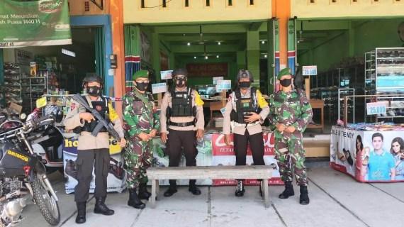 Brimob Kalteng Dampingi Cagub/Cawagub Blusukan di Wilayah Sampit