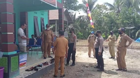 Kapolsek Pulau Hanaut Melaksanakan Sambang dan Pengawasan di Desa Penyanguan