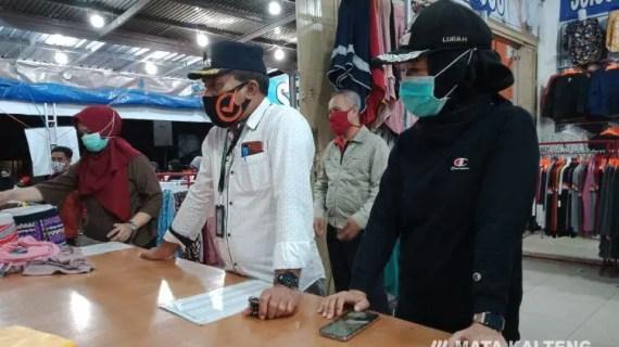 Penjual Pakaian Ditegur Karena Tidak Terapkan Protokol Kesehatan