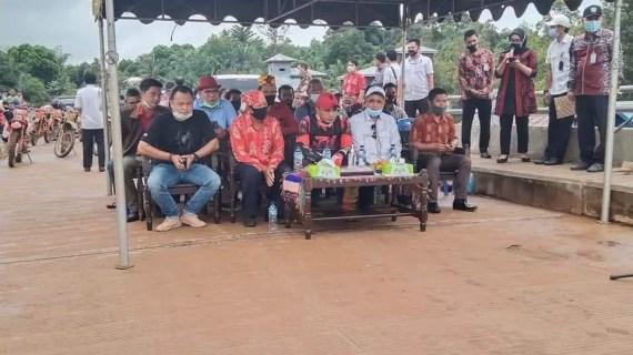 Bupati Kotim Resmikan Jembatan Penghubung Kecamatan di Telawang