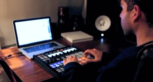 beat-made-using-pokemon-a-gameboy-and-a-maschine